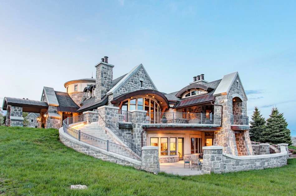 Instagram's Most Super liked Mansions Beyond the Seas